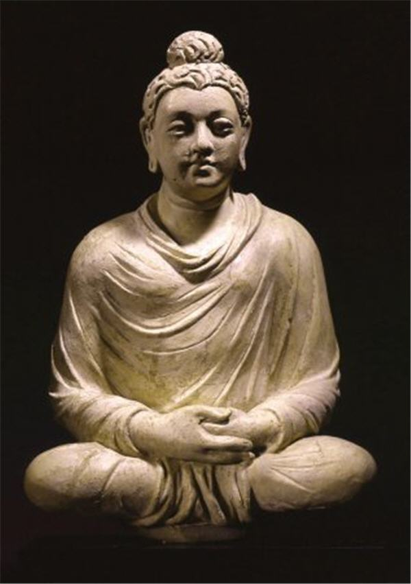 Statue of Siddhartha Gautama meditating.